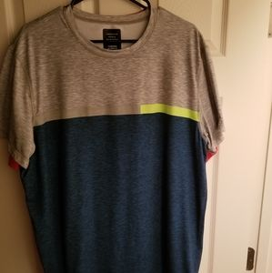 American Eagle Active T